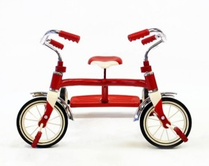 Sergio-Garcia-Abstract-Tricycle-Sculpture-1-600x479[1]